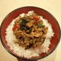 インスタント味噌汁で簡単 ズッキーニと挽肉の味噌煮込み丼 by CatherineSさん