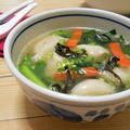 簡単!!市販の冷凍 大阪王将 ぷるもち水餃子を使って中華スープの作り方/レシピ by 赤いライジングスターさん