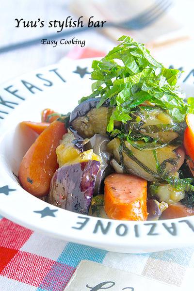 簡単すぎるのに、めっちゃ美味しいっ♡トロトロ茄子とウインナーのサッパリ青じそ炒め《簡単★節約》