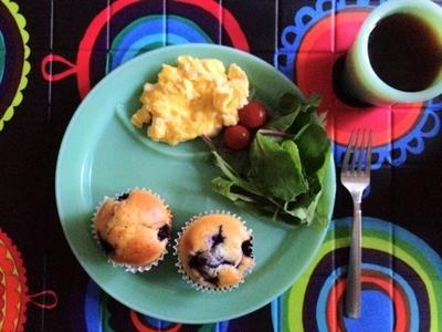スターバックス風 ブルーベリーマフィンで朝食
