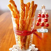 材料2つ♪ねじりん棒パイ。クリスマスパーティーに作りたい簡単スイーツレシピ!ネオトレビエでウチカフェ