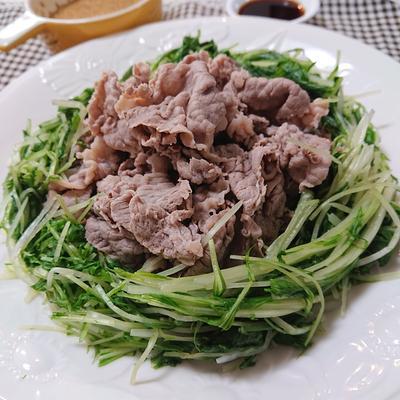 自家製ごまダレで、牛肉と水菜の簡単しゃぶしゃぶ