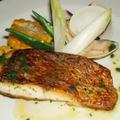 鯛のソテー はまぐりジュースとオリーブオイルのソース