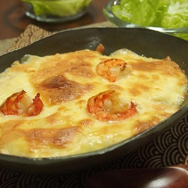 簡単ヘルシー!長芋と豆腐で作るベーコンとブロッコリーのグラタン