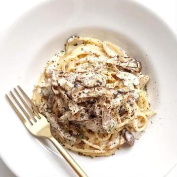 【絶品】贅沢きのこのチーズクリームパスタのレシピ