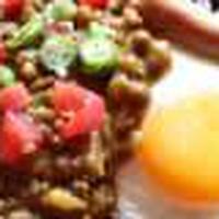 フライパンで簡単<夏野菜のスパイシーなキーマカレー>朝時間jpの今日のイチオシで