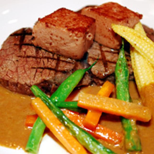 牛フィレ肉のソテー サフランソース