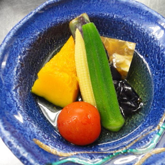 今日は食感☆冷たい煮〆・夏野菜の冷やし鉢