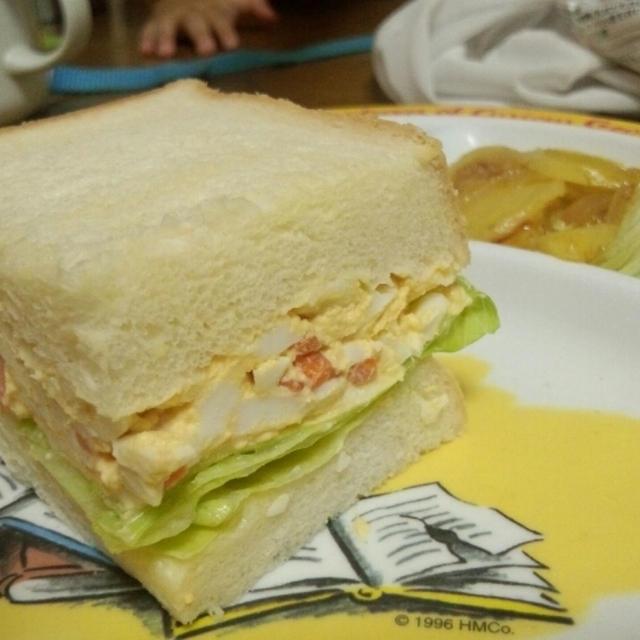 茹で玉子サンドイッチ