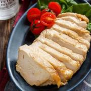 味噌マヨチキン(鶏ハム)【#作り置き #冷凍保存 #包丁不要 #レンジ #鶏むね肉 #主菜】