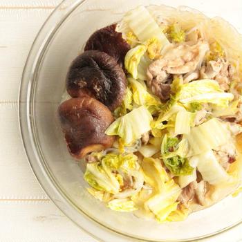 話題のピェンロー鍋はレンジで20分で作れます!中華風白菜はるさめ豚バラ椎茸鍋のレシピ。
