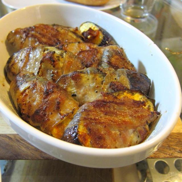 スパイシー&ジューシー!茄子と豚肉のオーブン焼き、ヨーグルトソース