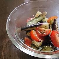 イタリアン風味な茄子の塩もみ♪ #ハウス食品 #GABAN #バジル #なす #トマト