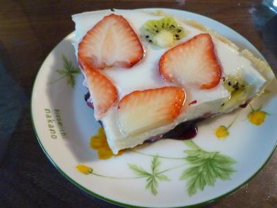 ヨーグルトゼリーのケーキ