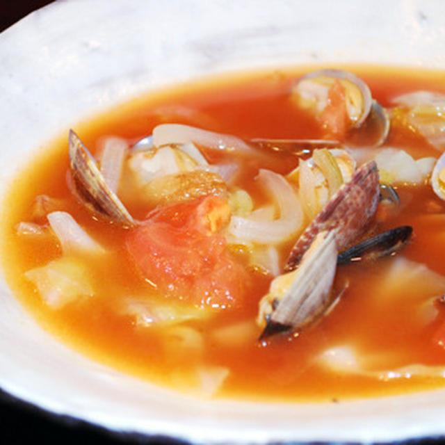 アサリとキャベツのトマトスープ