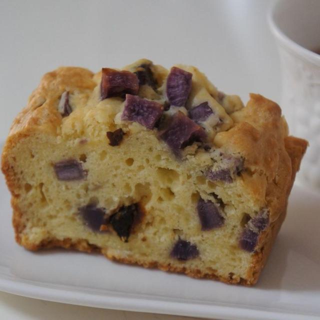 簡単 紫芋とラムレーズンのパウンドケーキ!