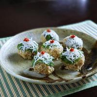 ホワイトバルサミコ香るしらすの手毬寿司
