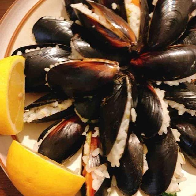 トルコ パクライスで作るムール貝のドルマの習作