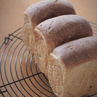 ■マルチグレイン食パン♪