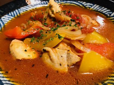 チキンとパプリカのトマト煮