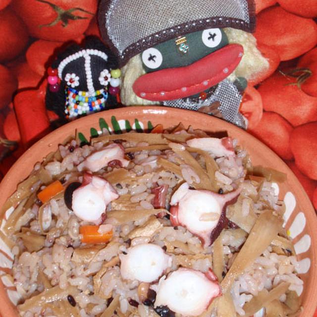 たこご飯と里芋と胡桃のオイスターサラダ(お家カフェ)