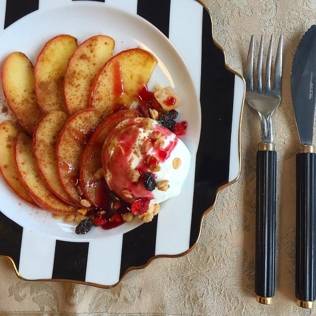 冬に食べたい♡簡単絶品!焼きリンゴ