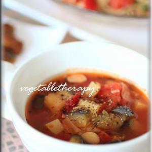 大豆と夏野菜のミネストローネ