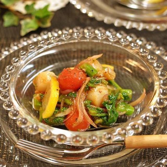 菜の花と帆立のハニ―ケチャップ和えと本
