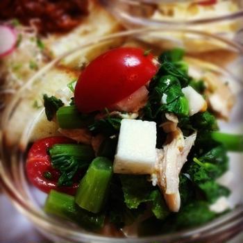 菜の花と塩麹ササミソテーの春野菜サラダ
