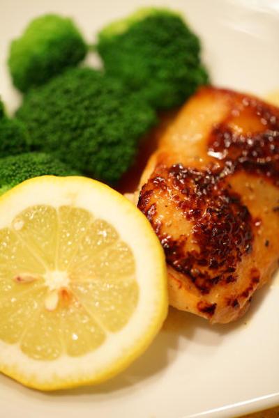 チキンのレモン風味ソテー