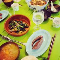 麻婆豆富、平井牛ステーキ、野菜ソテー