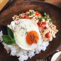 鶏ひき肉を使用*豆腐でかさまし!ヘルシーガパオライス