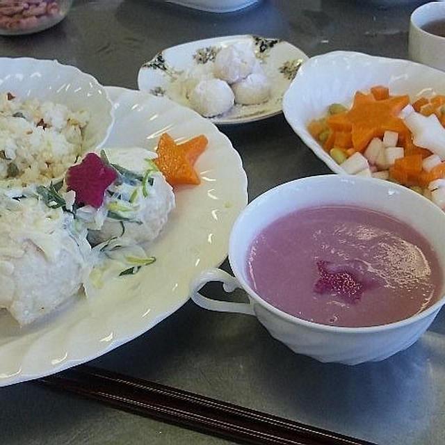 <料理教室>カジキのポテト包みネギホワイトソース・紅芯大根ポタージュ・ライスサラダ・米粉スノーボール