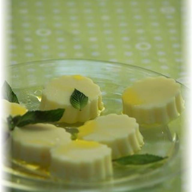 オリーブオイルとはちみつのヨーグルトプリン。