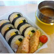 巻き寿司とお味噌汁お弁当^^小豆を炊きました^^