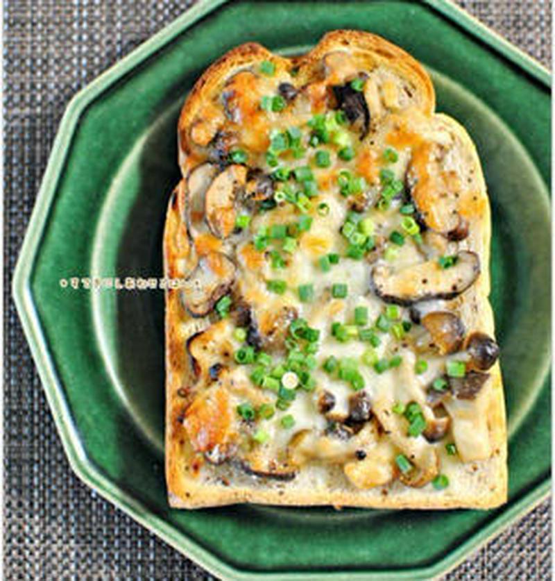 たまには和風のトーストはいかが?「ねぎ×味噌」の絶品トースト