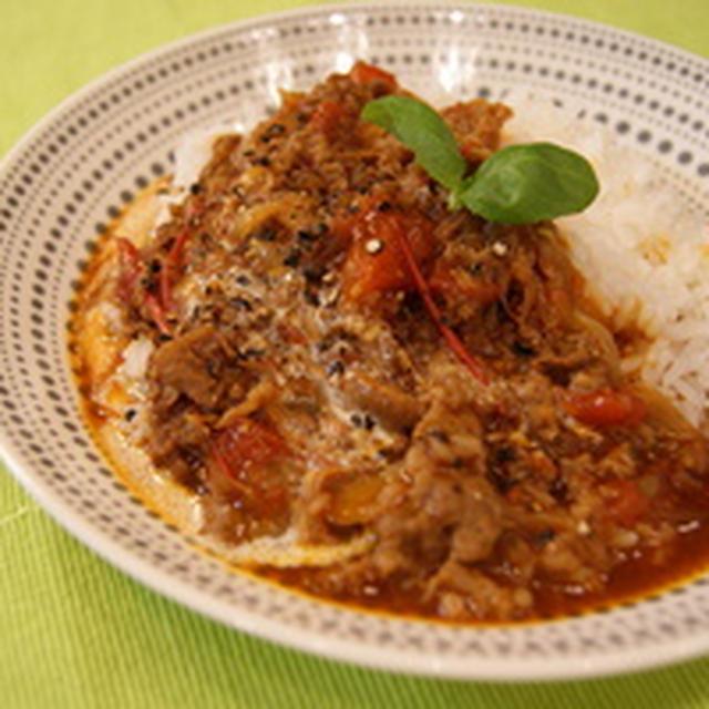 トマトの水分で作る、ハヤシライス。