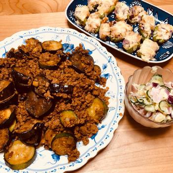 2度目の夏野菜麻婆と、ピーマンのツナマヨ詰め焼き♪