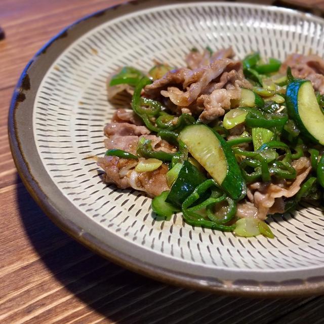 豚肉とピーマン胡瓜炒め