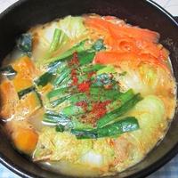 ツナのロール白菜のごま坦々鍋