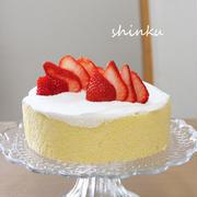 いちごと生クリームの簡単くるくるケーキ