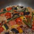 夏野菜とソーセージのパエリヤ