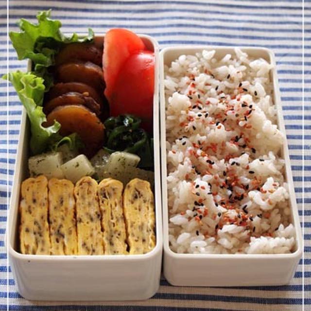 お弁当☆芋もち、ゆかり入り卵焼き