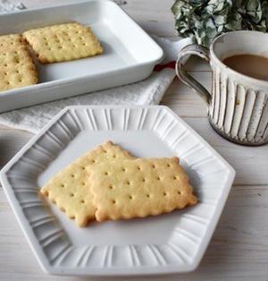 いつもの【バタークッキー】を焼きました。