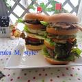 バーガータワー(アボカド&豚肉&ハンバーグ)