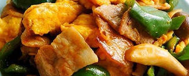お財布にやさしい!野菜もとれる「豚玉炒め」5選