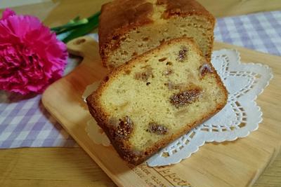 【スイーツ】林檎とドライ無花果のパウンドケーキ