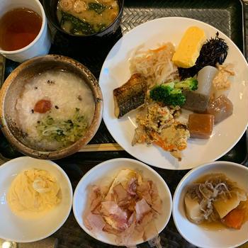 パフェとビールと紅葉の京都⑦アパホテルとライトアップ清水寺など