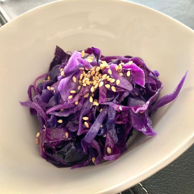 簡単につくれる紫キャベツのナムル