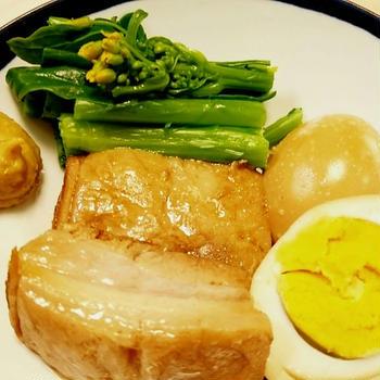 クローブで豚の角煮